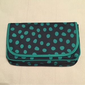 Thirty-One Make Up Case
